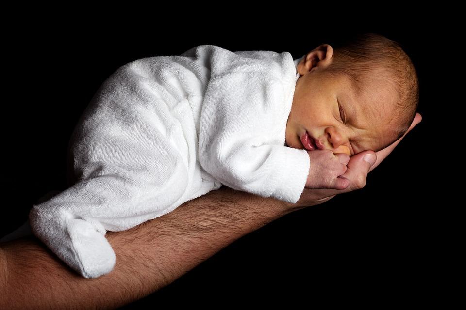 Elternstart*NRW Babymassage 4 (Geburtsmonate Mitte Apr – Mitte Juni)