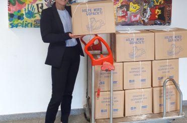 """Erste Bilanz der Bürgerpaketaktion """"Hilfe wird gepackt"""""""