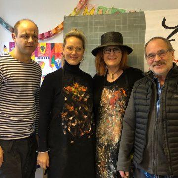 Prominenter Besuch im Friedensdorf