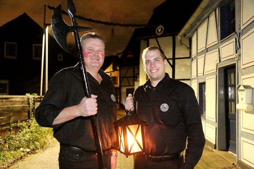 Holtener Nachtwächter sammelten für Friedensdorf International