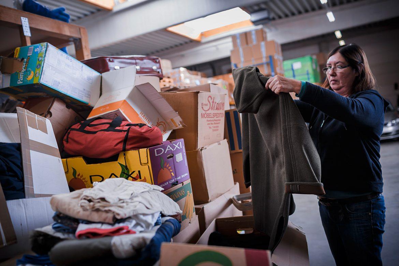 """""""Der Bedarf an Kleiderspenden und Gebrauchtgegenständen im Friedensdorf ist vielfältig"""""""