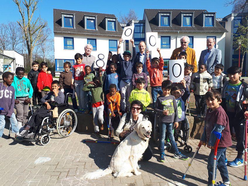Oberhausener Serviceclubs organisierten Benefizmarkt für das Friedensdorf
