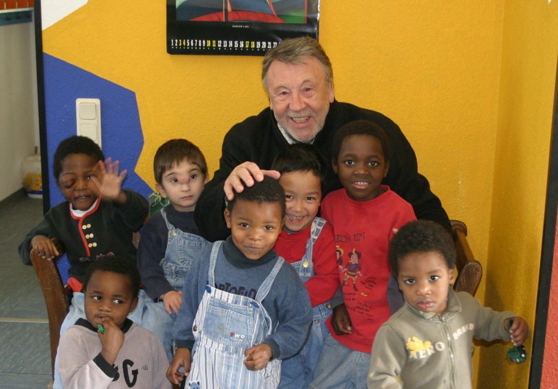 Friedensdorf-Botschafter Günter Lamprecht wird am 21. Januar 90 Jahre alt