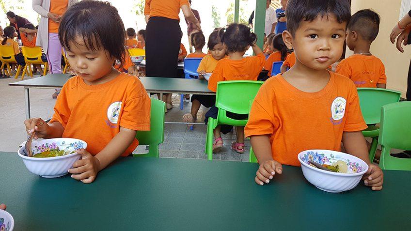 Corona und die Müllsammlerkinder in Kambodscha