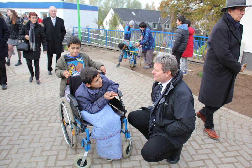 Löwenstarke Unterstützung für die Friedensdorf-Kinder