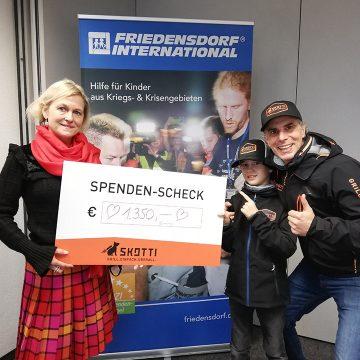 Skotti Grill versteigerte Rallye Mobil zugunsten von Friedensdorf International