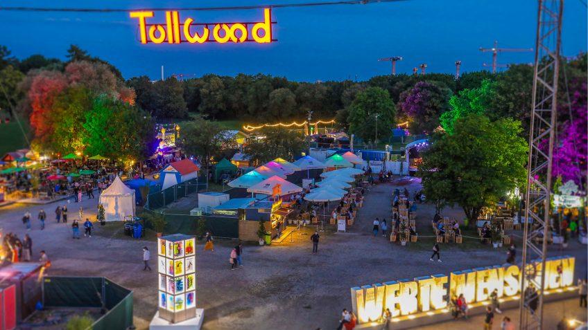 Friedensdorf International auf dem Tollwood-Sommer-Festival 2021 in München